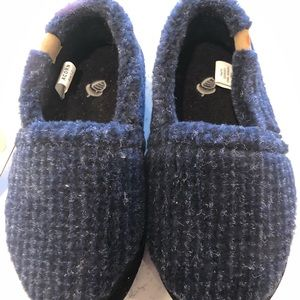 Kids Acorn moccasin 1-2, brand new with tag